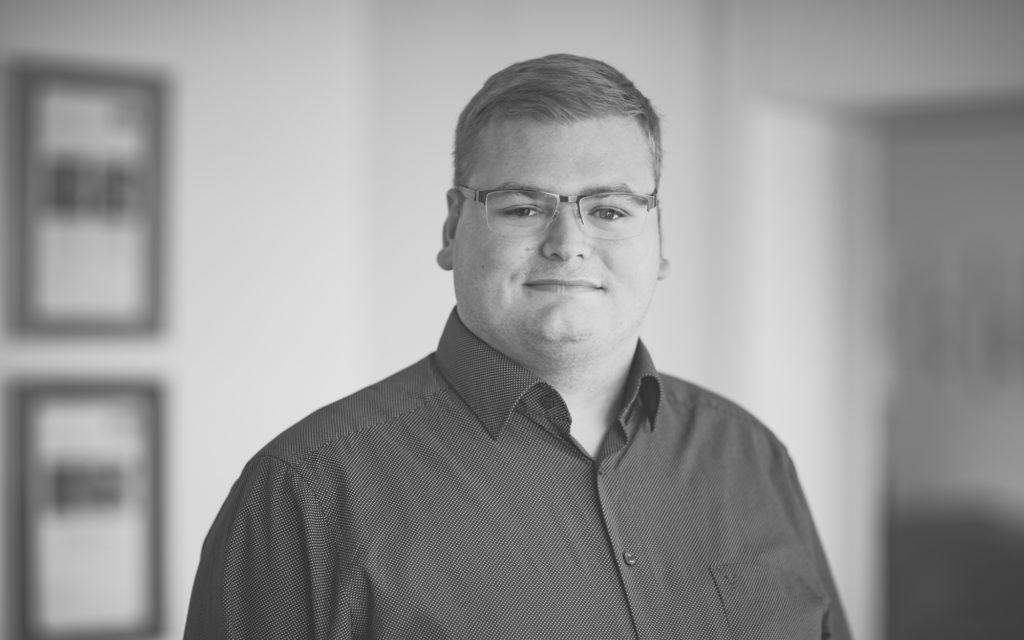 Fabian Telgenkemper, Steuerfachangestellter