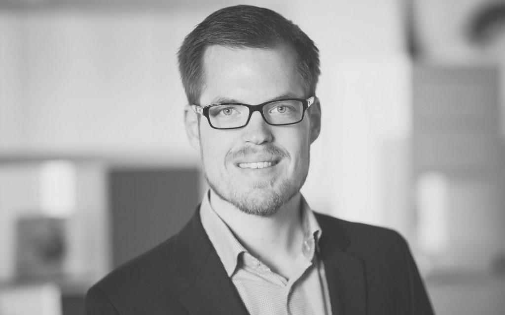 Nikolas Stegemann, Bilanzbuchhalter, Steuerfachwirt und Betriebswirt